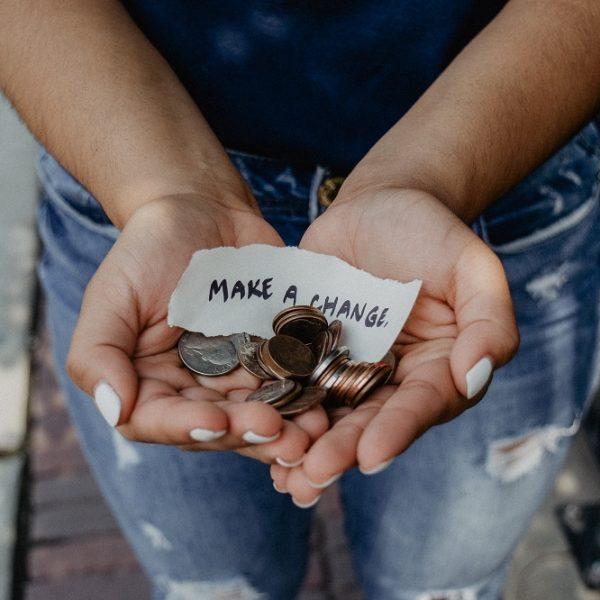 20 façons faciles d'économiser de l'argent chaque mois