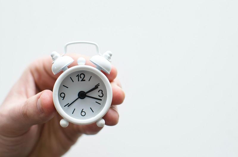 Comment rester motivé à domicile réveillez-vous tôt